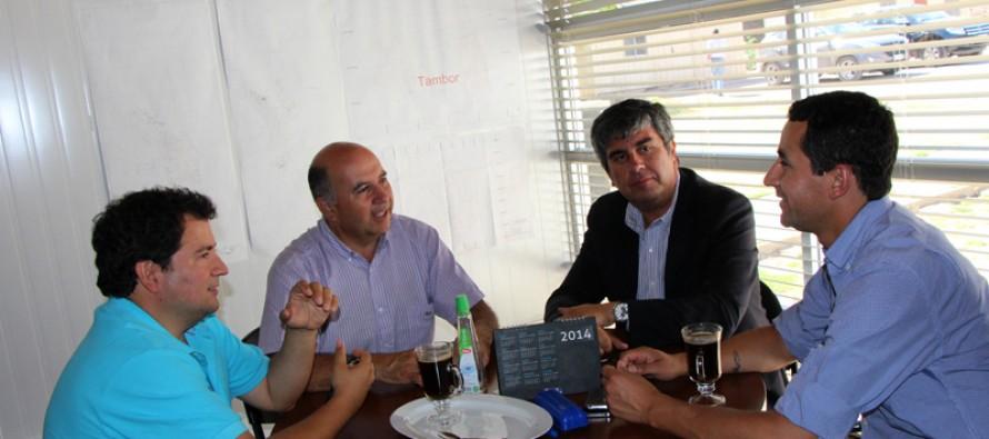 Municipio de Vicuña estrecha lazos con Minera Linderos para el desarrollo de la comuna