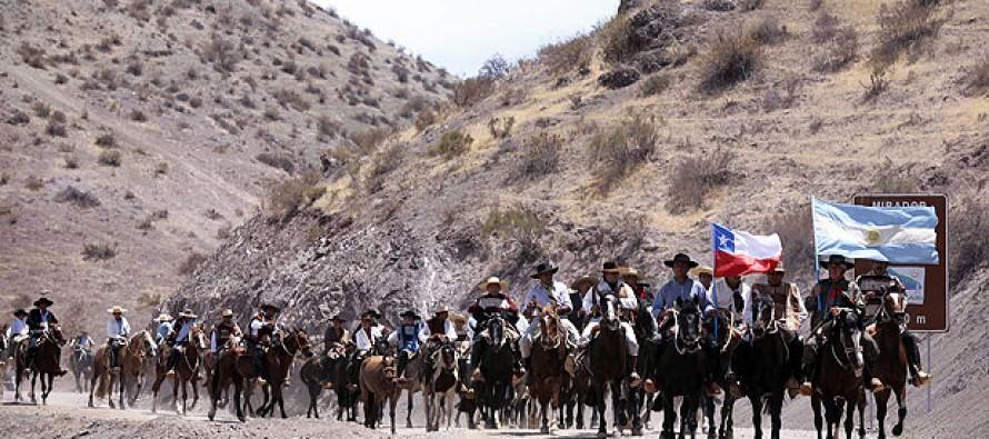 Gauchos y huasos se unirán nuevamente en la Séptima Cabalgata de la Difunta Correa