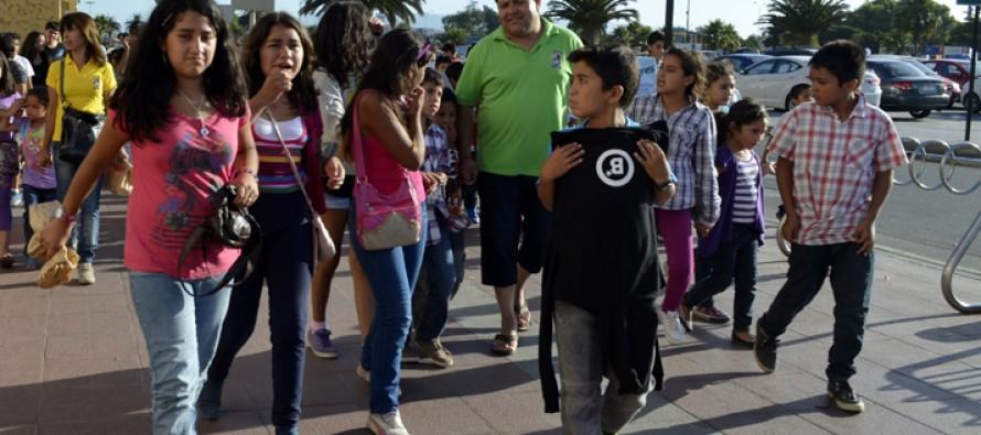 Niños y niñas de Paihuano disfrutaron de un día de vacaciones en la costa de la región