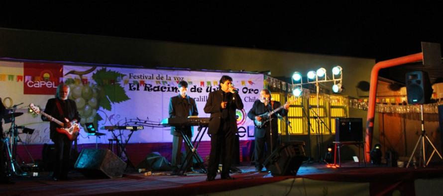"""""""Los Iracundos"""" cerraron el Festival de Peralillo que tuvo como ganador a profesora de El Tambo"""