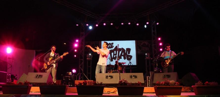 Los Tetas hicieron bailar al público elquino en el cierre del Concert Valle