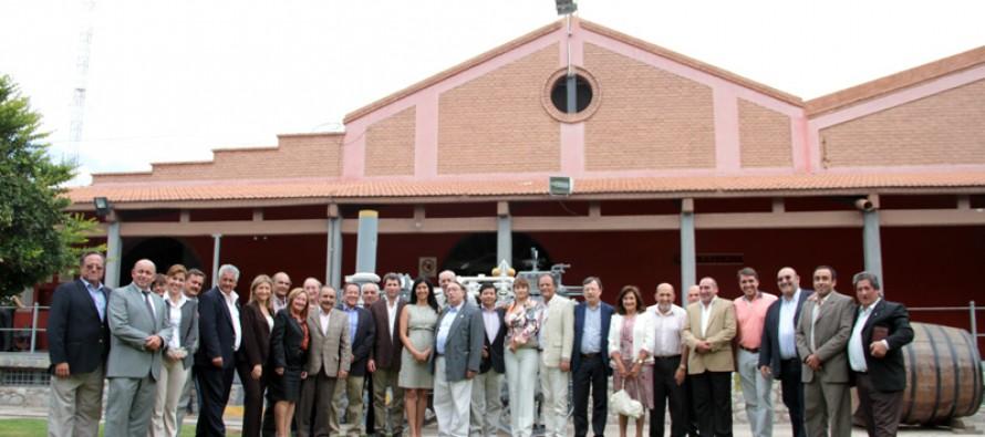 Entregan reconocimientos a Cores en San Juan por su aporte a la integración binacional