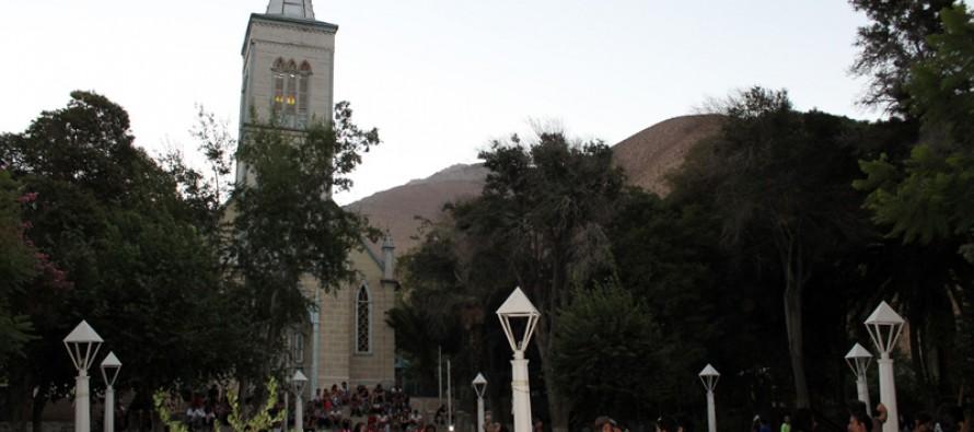 Proyectos de alcantarillado y mejoramiento de la plaza marcan aniversario 78 de Pisco Elqui