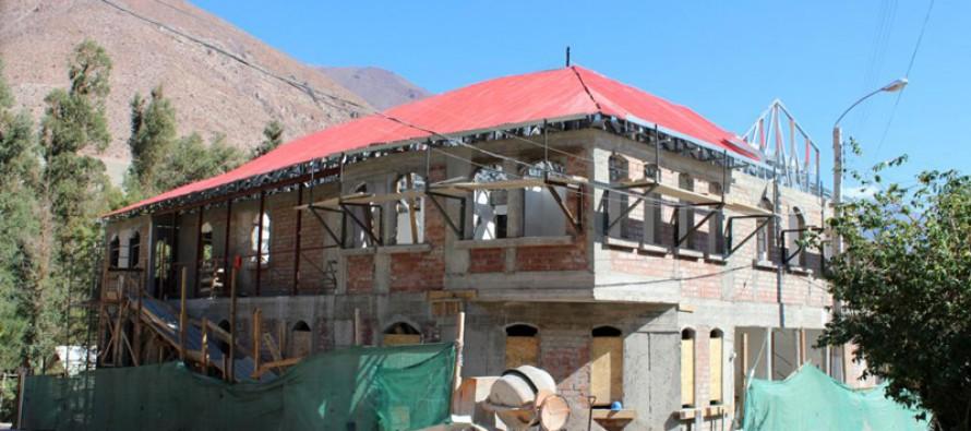 Un 55% de avance en su construcción presenta el Centro Cultural de Paihuano