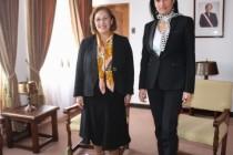 Senadora Adriana Muñoz resalta labor de Intendenta Hanne Utreras