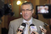"""Senador Pizarro: """"No hay que olvidar que ya existe un compromiso del Estado Chileno"""""""