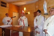Con emotiva ceremonia y presencia del Arzobispo se inauguró Capilla de Tres Cruces