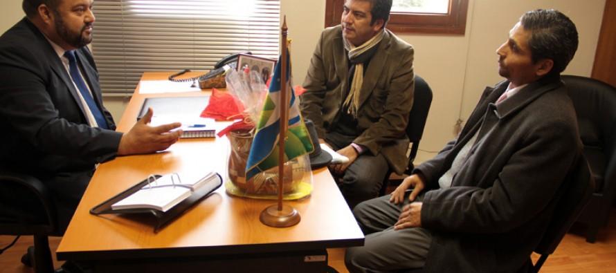 Presidente del Consejo Regional se reunió con  dirigentes del Partido Liberal