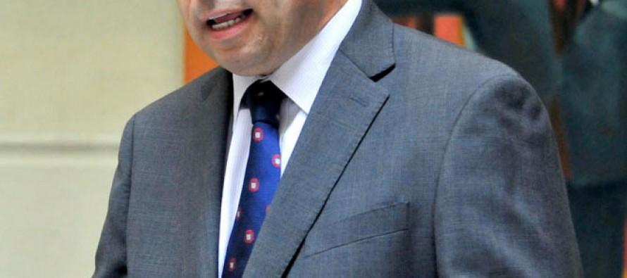 Gahona insiste en eliminación o rebaja del Impuesto Específico a los Combustibles