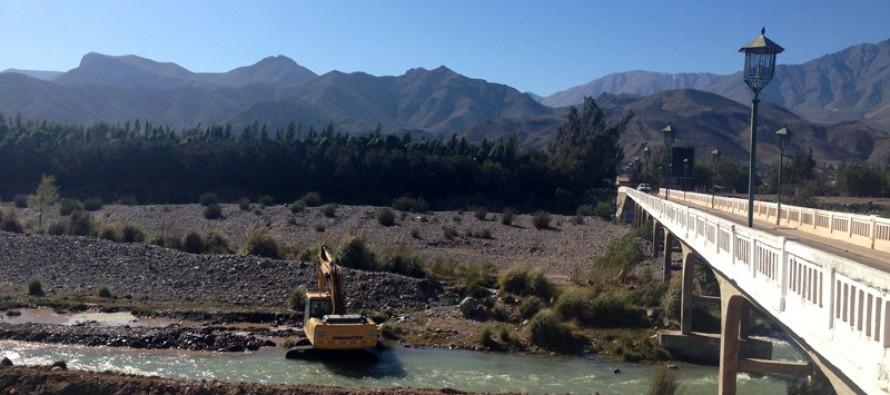 Decretan zona de catástrofe y escasez hídrica por efectos de la grave sequía