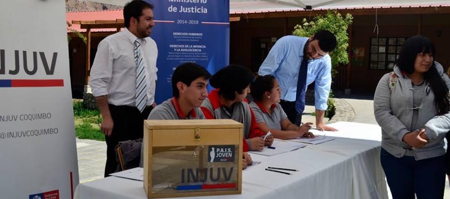 Alumno de Paihuano es elegido como integrante del Consejo Consultivo de Salud Juvenil y Adolescente