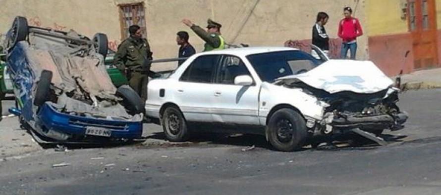 Un conductor de Peralillo en estado de gravedad en accidente de Avenida Las Delicias