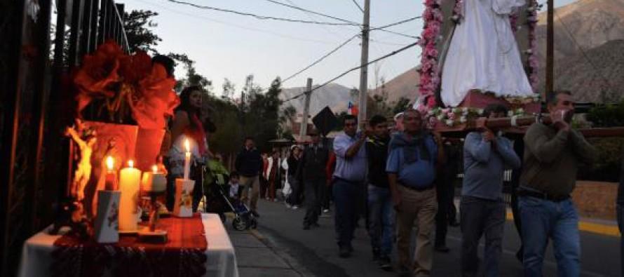 Con bailes chinos y procesión por el pueblo se celebró a la Virgen del Rosario en Pisco Elqui