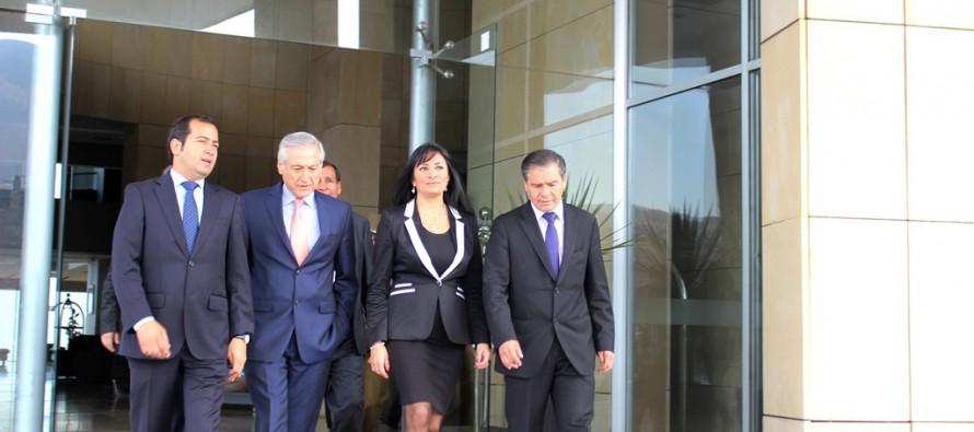 Intendenta Hanne Utreras solicita establecer un Cónsul Honorario en San Juan