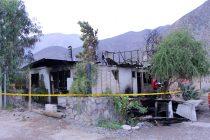 Familia de Diaguitas pierde la totalidad de su vivienda debido a trágico incendio