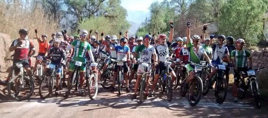 """""""Team Cannondale"""" se llevó el 1er lugar del Campeonato de Mountain Bike de Vicuña"""