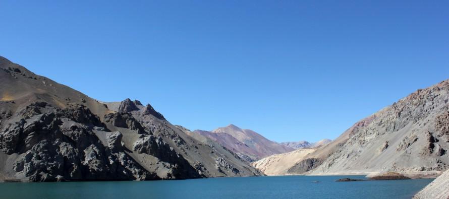 Altas temperaturas en el Elqui adelantan la apertura de válvulas del Embalse La Laguna