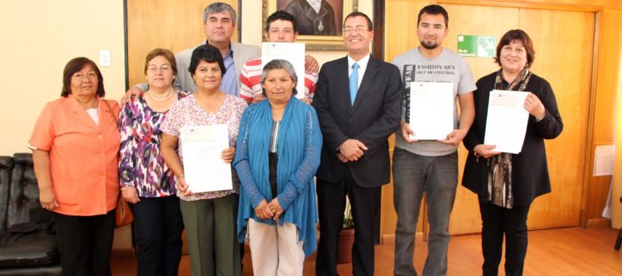 Cuatro instituciones de la comuna de Vicuña reciben recursos Presidente de la República