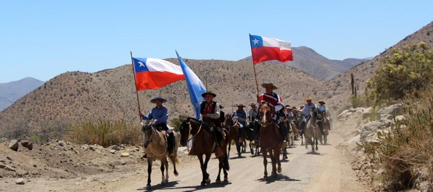 Huasos y gauchos desarrollaron su octava Cabalgata a la Difunta Correa en la Ruta Antakari