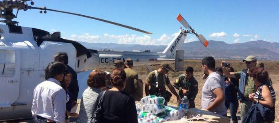 Acuden con en ayuda de familias de la precordillera de Vicuña por vía aérea