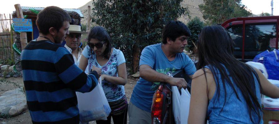 Habitantes de Cochiguaz reciben ayuda de jóvenes voluntarios de La Serena