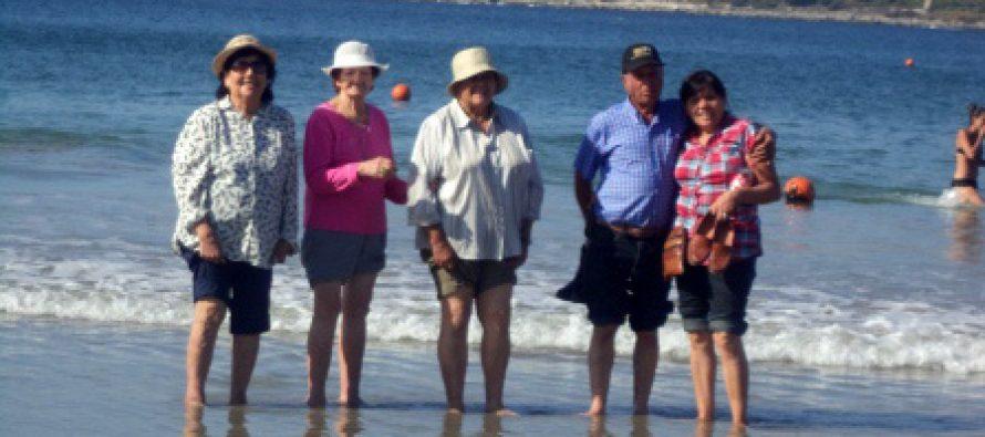 """Adultos Mayores de Paihuano disfrutaron de una jornada recreativa en """"Turismo Social"""""""