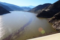 Crítica situación de canales y compuertas de riego tras temporal en Valle del Elqui