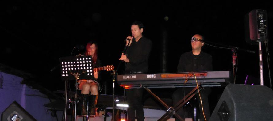 El Arenal se llenó de música bajo las estrellas con concierto de Pisquera Aba