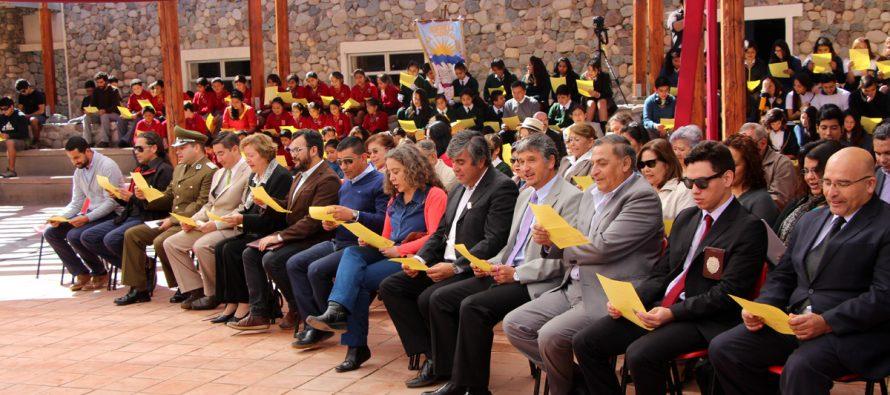 Celebrando el Día de la Poesía se recordó el aniversario 126 de Gabriela Mistral en Vicuña