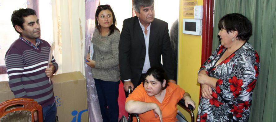 Vicuña y UST desarrolla catastro de personas en situación de discapacidad