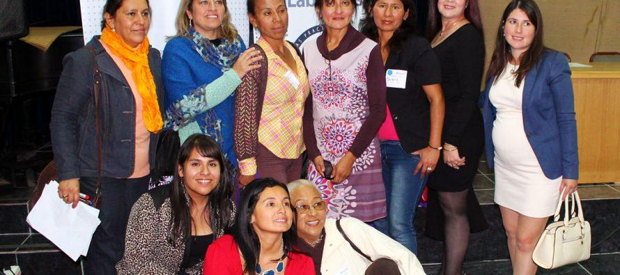 Prodemu y Sernam conmemoraron a más de 80 mujeres por el Día del Trabajo y la Madre