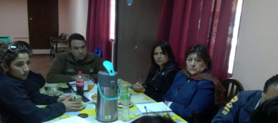 Carabineros organizó mesa de trabajo con vecinos de población Gina Ancarola