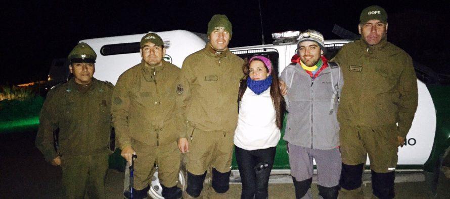 GOPE de Carabineros rescató a dos excursionistas en Rivadavia