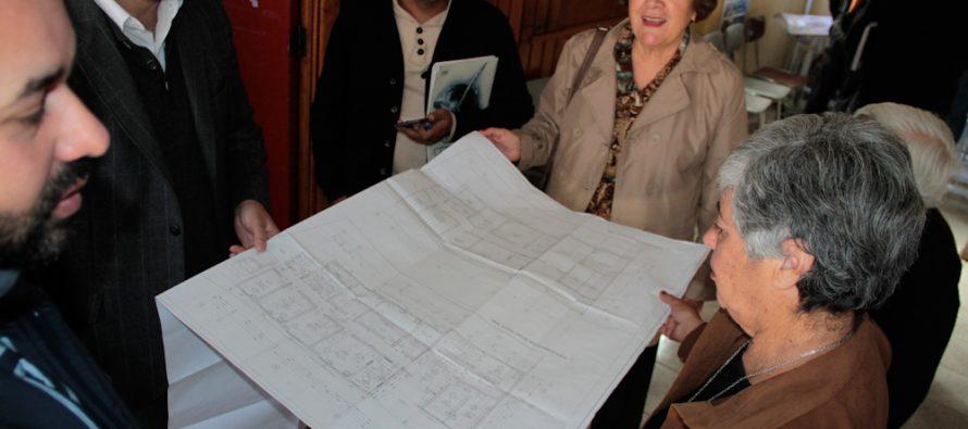 Consejeros Regionales presentan a la comunidad de El Tambo el diseño de nueva posta rural