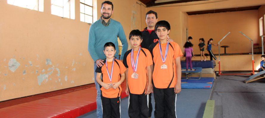 Destacan a  gimnastas de Vicuña en campeonato nacional de Antofagasta