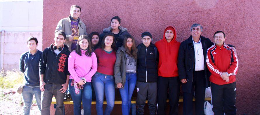 Jóvenes de Vicuña participarán en competencia nacional de levantamiento de pesas en Cañete