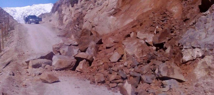 Turistas quedan aislados en Alcohuaz debido a derrumbe