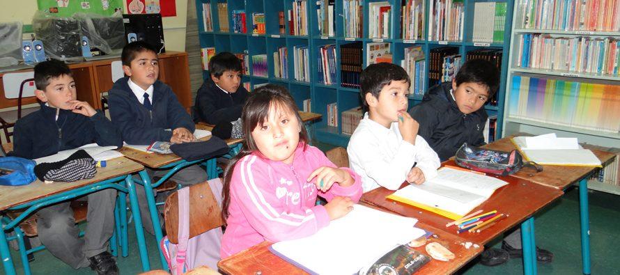 Escuelas rurales de Vicuña regresan a clases este viernes al solucionar acceso de caminos