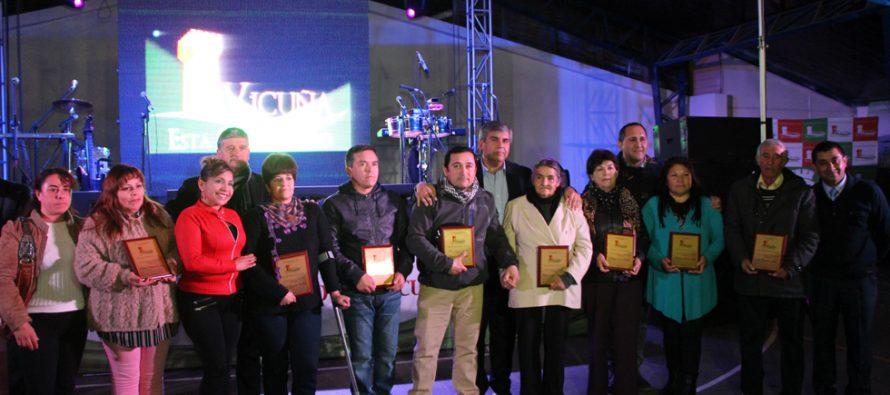 La abnegada labor de los dirigentes locales es reconocida por la municipalidad de Vicuña