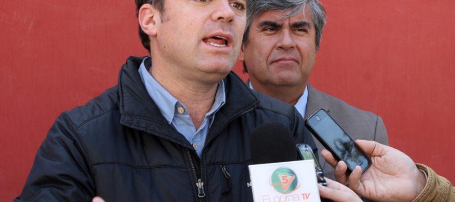 Diputado Matías Walker solicita investigación a Conafe por falta de respuesta a usuarios