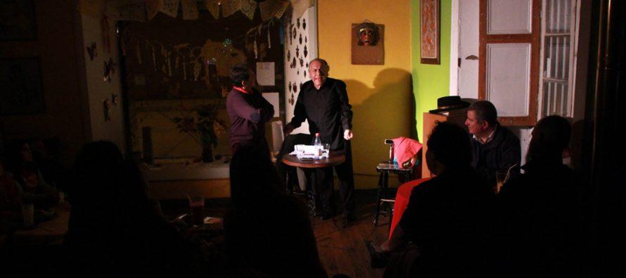 Presentan obra de teatro sobre la amistad y la vida en Café Cultural Frida de Vicuña