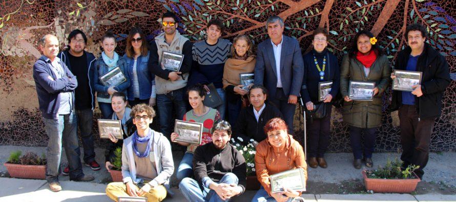 """FECILS 2015 tuvo encuentro en Vicuña con visita de actores y estreno de """"Allende en su Laberinto"""""""