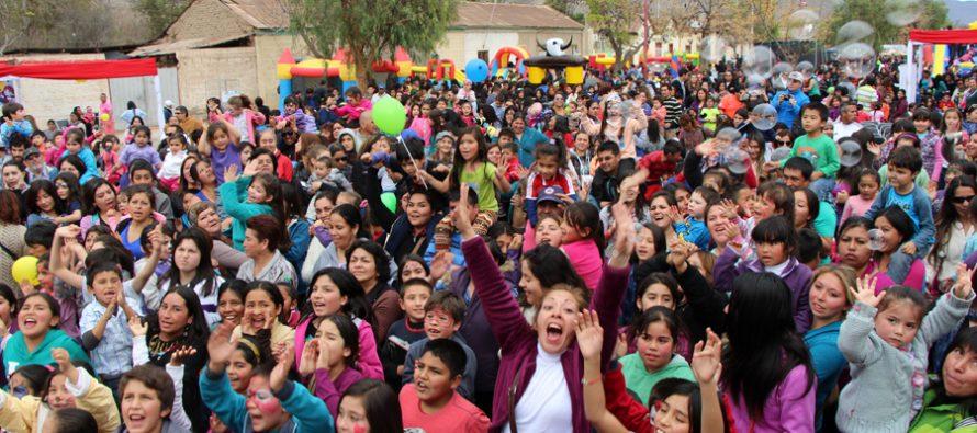 Vicuña celebra el Día del Niño con más de 2.500 asistentes a la Avenida Las Delicias