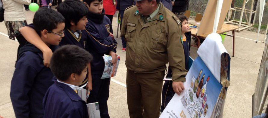Carabineros fue parte de feria de prevención en colegio de sector rural Las Rojas