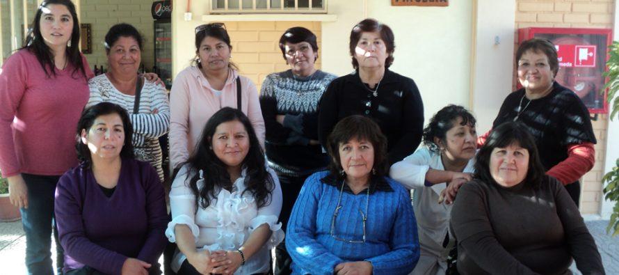 Dan inicio a talleres preventivos para integrantes de Agrupación Mujeres de Elqui