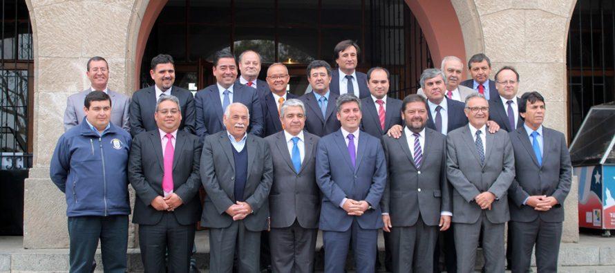 Alcaldes del Valle del Elqui resaltan el trabajo en infraestructura y fomento con Intendente Regional