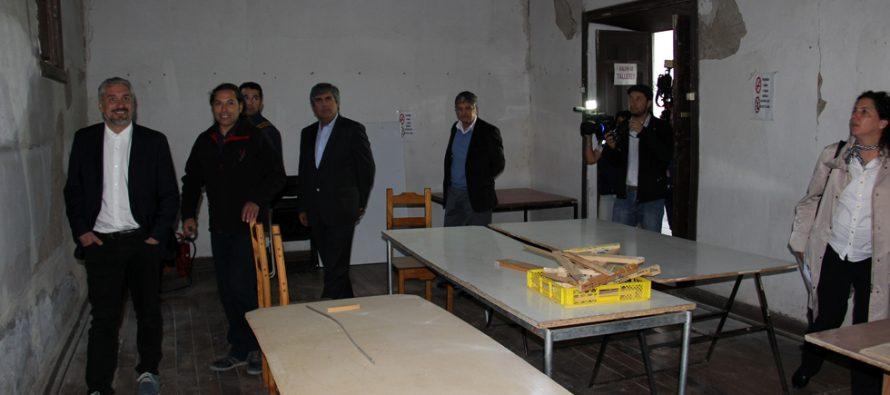 Ministro de Cultura visita dependencias culturales de Vicuña  para evaluar daños del terremoto