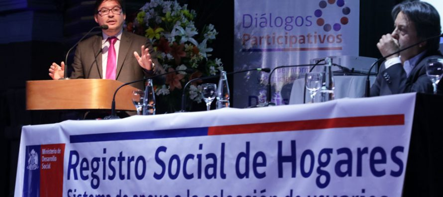 Más de 200 dirigentes sociales y vecinos conocen detalles del nuevo Registro Social de Hogares