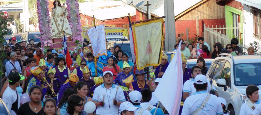 Cientos de fieles llegaron a la fiesta patronal de Pisco Elqui