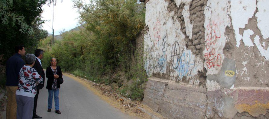 Analizan estado de infraestructura patrimonial de las iglesias de la comuna de Vicuña